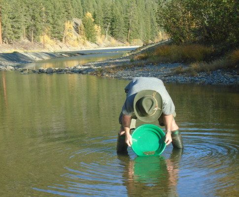 Autumn Prospecting on the Similkameen River