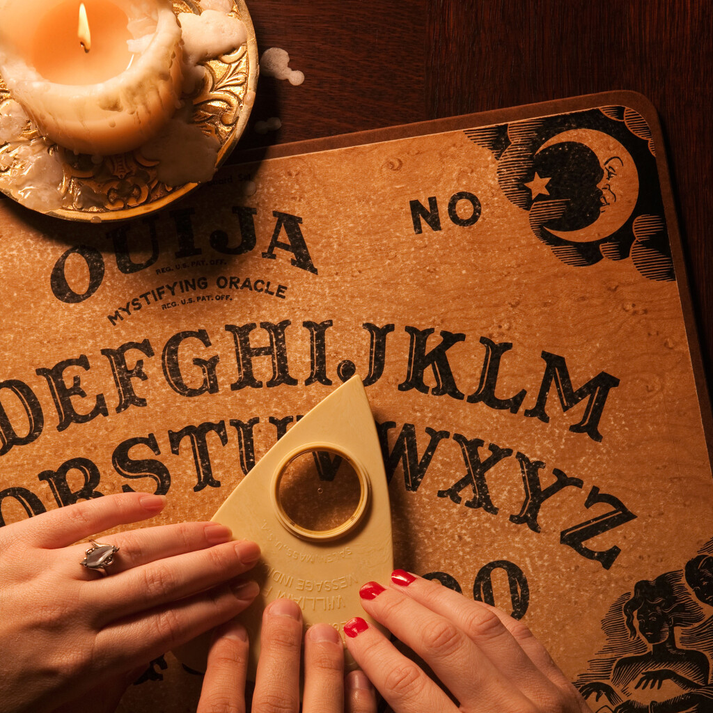 Ouija board dowsing gold